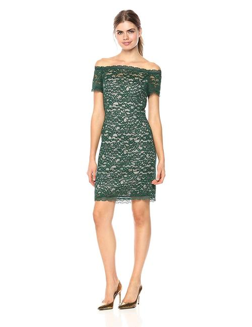 Adrianna Papell Hunter Bisque Off The Shoulder Lace Sheath Short Cocktail Dress Size 8 M