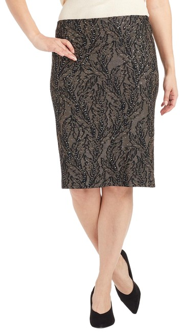 Preload https://img-static.tradesy.com/item/24899900/st-john-black-nude-evening-and-lace-knit-6-103242-skirt-size-6-s-28-0-1-650-650.jpg