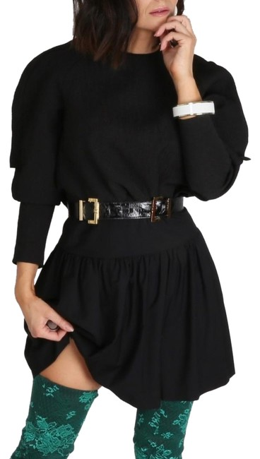 Preload https://img-static.tradesy.com/item/24899934/black-cropped-long-sleeve-blouse-size-6-s-0-1-650-650.jpg