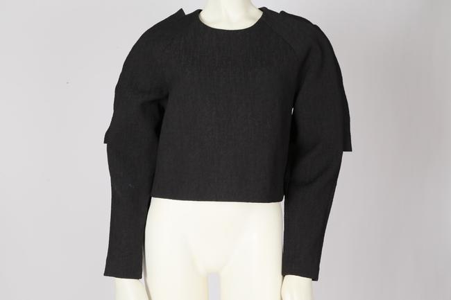 Cameo Casual Cropped Top Black Image 6