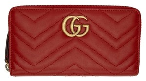 Gucci Marmont quilted leather zip spurns long wallet