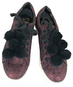 Circus by Sam Edelman Maroon Athletic
