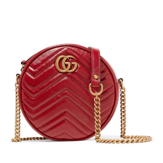 Preload https://img-static.tradesy.com/item/24900064/gucci-marmont-circle-quilted-leather-cross-body-bag-0-0-540-540.jpg