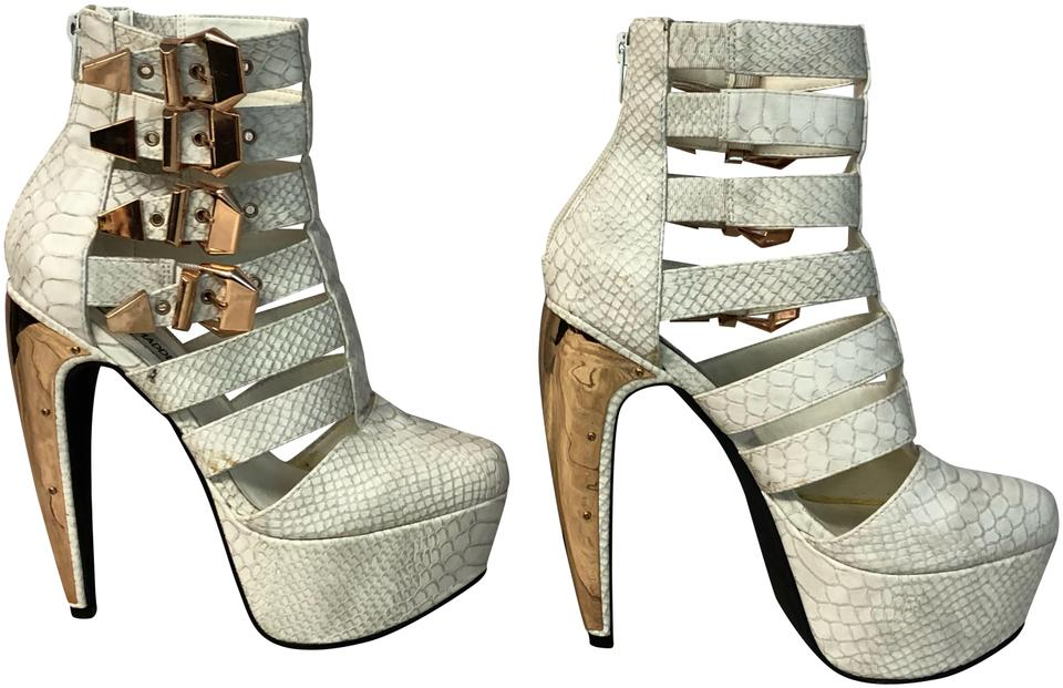 61ea9dbfe09 Steve Madden White Joselynn Animal Print Cage Bootie M Platforms. Size  US  6.5 ...