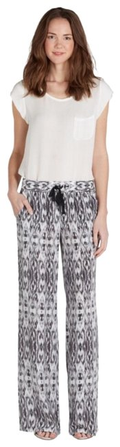 Item - Gray and White Aryn Ikat Silk In Pants Size 12 (L, 32, 33)