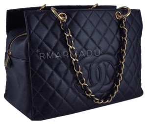 04dbc38b7a47 Chanel Tote Bags on Sale - Up to 70% off at Tradesy