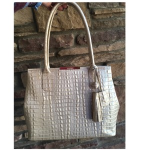 c109e9c3076 Brahmin on Sale - Up to 80% off at Tradesy