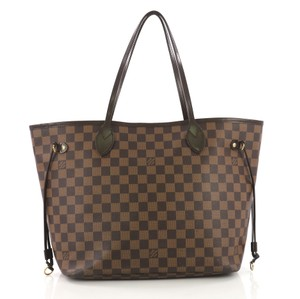 Louis Vuitton Leather Tote in ebene
