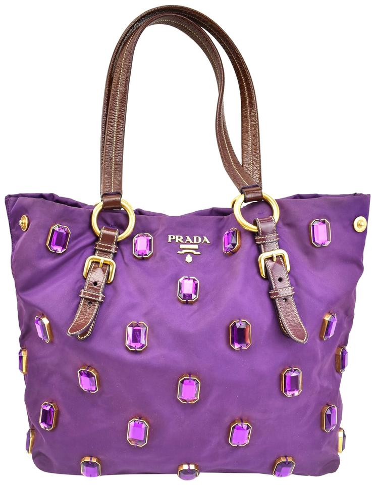 6aa15de2a6bde5 Prada Shoulder Bags - Up to 70% off at Tradesy (Page 4)