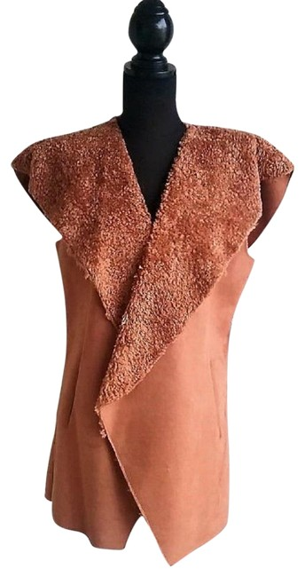 Preload https://img-static.tradesy.com/item/24903210/twiggy-london-camel-of-faux-suede-waterfall-with-faux-fur-lining-vest-size-14-l-0-1-650-650.jpg