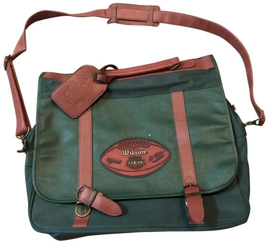 Preload https://img-static.tradesy.com/item/24903803/wilson-super-bowl-xxxiv-2000-laptop-emerald-green-and-brown-canvas-cross-body-bag-0-1-540-540.jpg