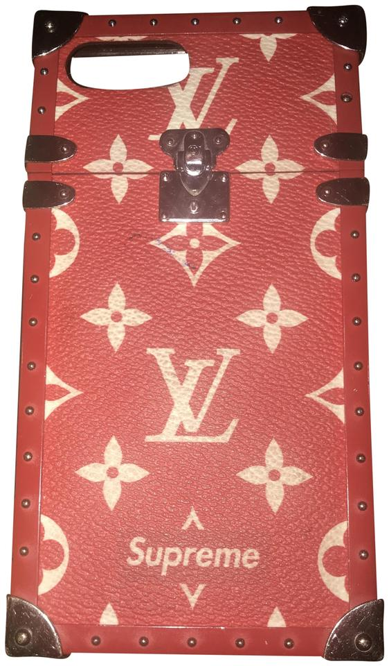 newest 97b7b c2bf8 Louis Vuitton x Supreme Red and White Limited Edition Trunks Iphone 7 Plus  Case Tech Accessory