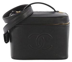 Chanel Clutches on Sale - Up to 70% off at Tradesy 31afe2c2dc7be