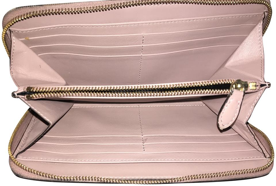 20a5359b902 Burberry London Burberry house check and leather zip-around wallet Image 0  ...