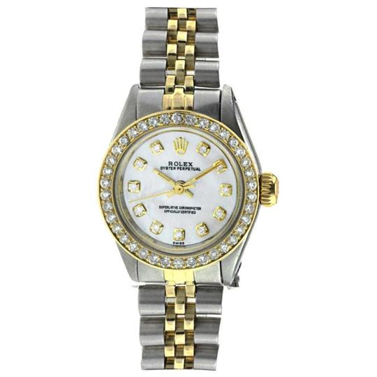 Preload https://img-static.tradesy.com/item/24906874/rolex-stainless-steel-and-yellow-gold-datejust-lady-two-tone-26mm-watch-0-0-540-540.jpg
