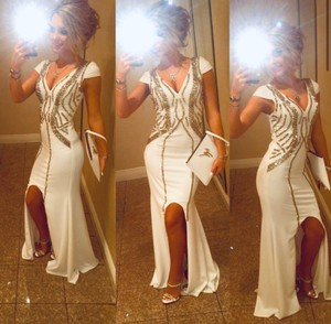 White Perfect For Prom Or Any Other Event Sexy Bridesmaid/Mob Dress Size 0 (XS)