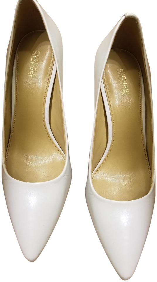 26e8bc653b1 MICHAEL Michael Kors White Dorothy Flex Leather Pumps. Size  US 7.5 Regular  ...