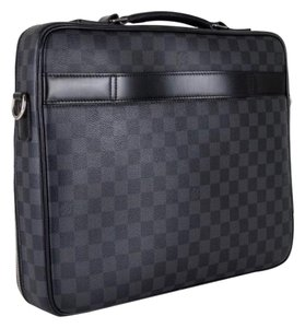 Louis Vuitton Laptop Bags - Up to 70% off at Tradesy dfab594edf639