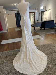 Maggie Sottero Champange Lace Over Satin 6mt843 Feminine Wedding Dress Size 8 (M)