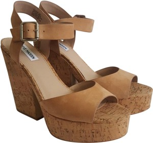 47cdd2e5917a Steve Madden Platforms - Up to 90% off at Tradesy