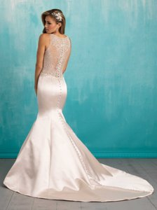 Allure Bridals Ivory Satin 9312 Vintage Wedding Dress Size 8 (M)