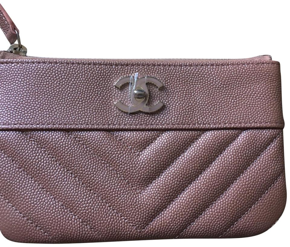 cff4d249905c79 Chanel Auth. Sold out 19P Chanel Iridescent Rose Gold Grained Lambskin Mini  Zip O case ...
