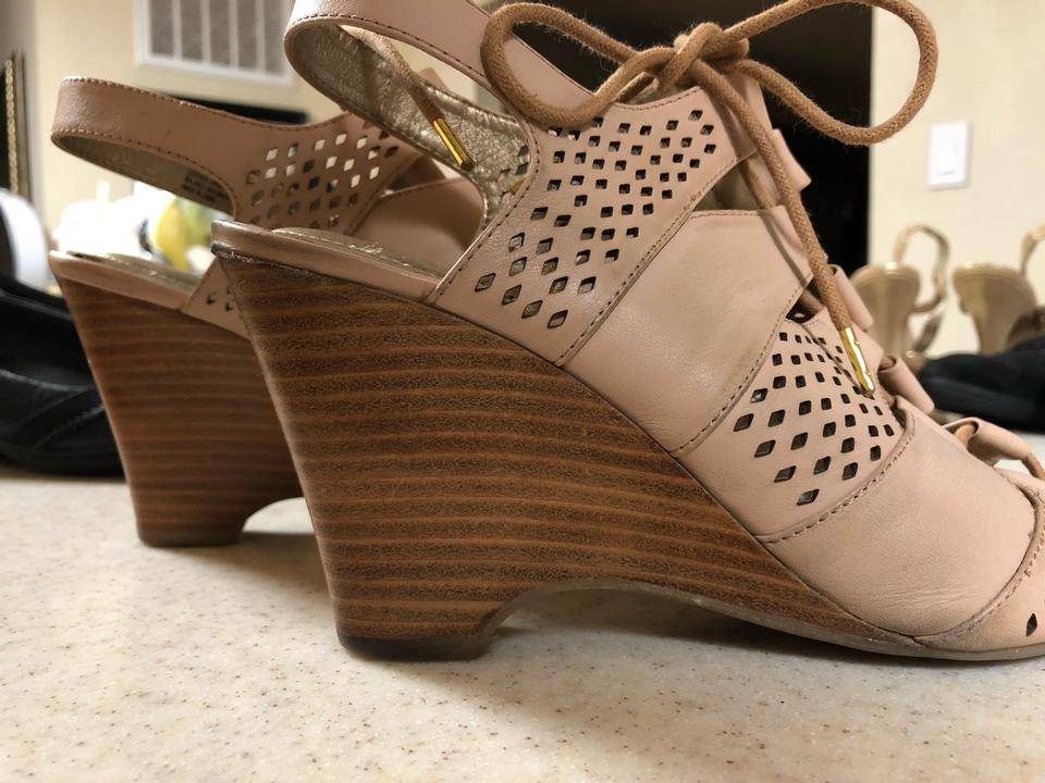 aafd59ee17d1 Me Too Nude Tan Pierced Leather Lace Up Sandal Wedges Size US 9 ...