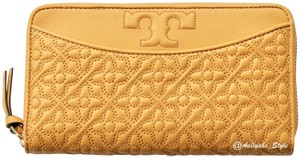 Tory Burch Tory Burch Bryant Zip Continental Leather Wallet 46186 Solarium