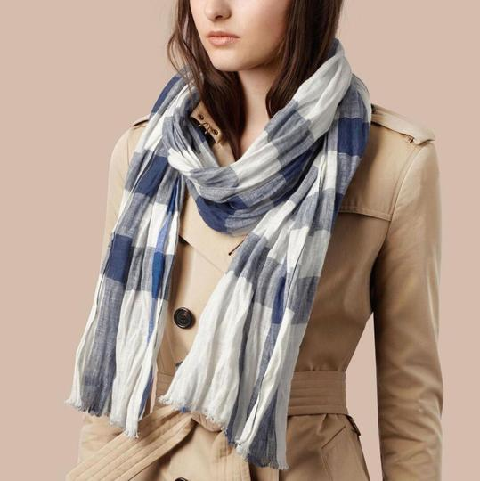 Burberry NWT BURBERRY EXPLODED NOVA CHECK CRINKLE SCARF CHALK WHITE CHECK Image 1