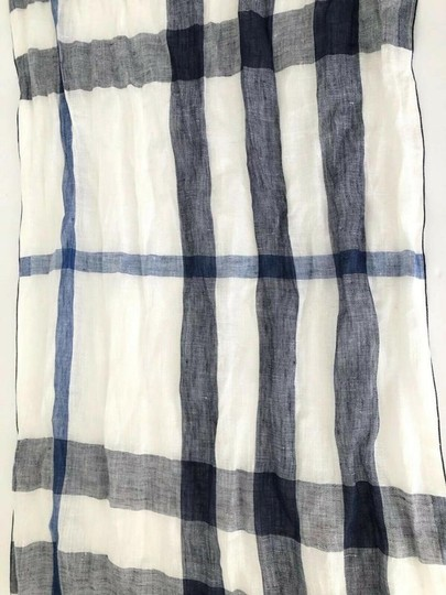 Burberry NWT BURBERRY EXPLODED NOVA CHECK CRINKLE SCARF CHALK WHITE CHECK Image 3