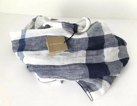 Burberry NWT BURBERRY EXPLODED NOVA CHECK CRINKLE SCARF CHALK WHITE CHECK Image 4