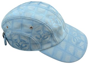 6557bb4d5a9 Chanel Hats on Sale - Up to 70% off at Tradesy