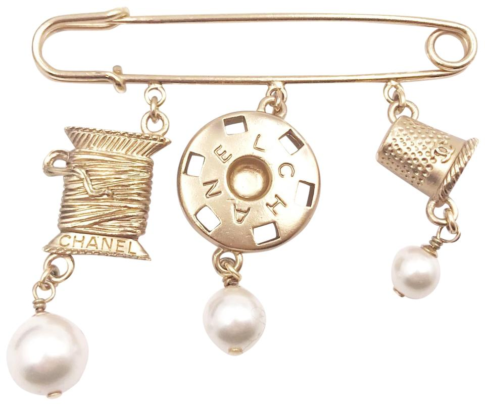 1496f23d75e Chanel Chanel Rare Vintage Light Gold CC Snap Thimble Thread Pearl Safety  Pin Image 0 ...