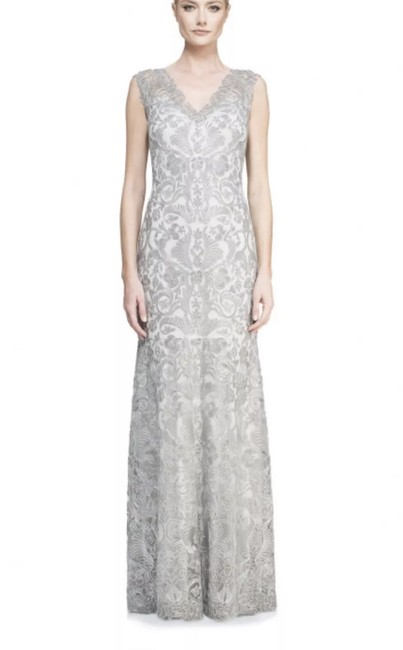 Item - Ash Grey Metallic Corded Embroidered On Tulle V-neck Gown Long Formal Dress Size 6 (S)