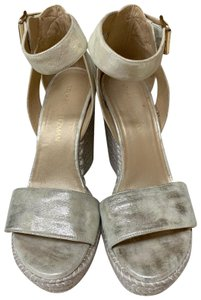 634754b76 Women s Silver Stuart Weitzman Shoes - Up to 90% off at Tradesy