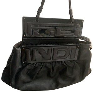 7a054716158c Fendi Shoulder Bags - Up to 70% off at Tradesy