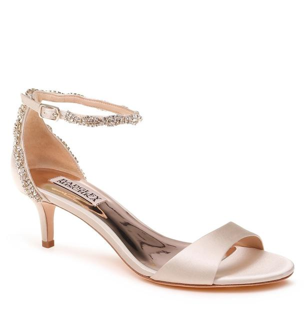 Item - Ivory Yareli Crystal Ankle Strap Kitten Heel Sandals Size US 9 Regular (M, B)