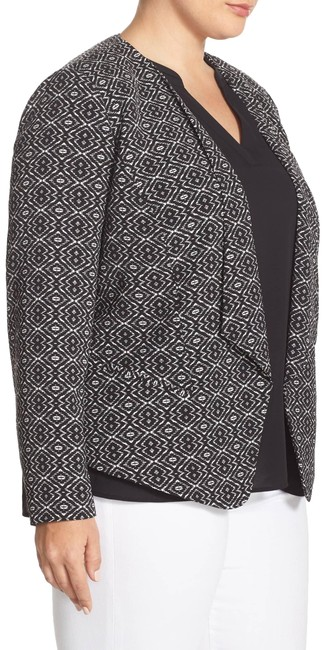 Preload https://img-static.tradesy.com/item/24919414/sejour-black-and-white-print-twill-open-front-blazer-size-18-xl-plus-0x-0-3-650-650.jpg