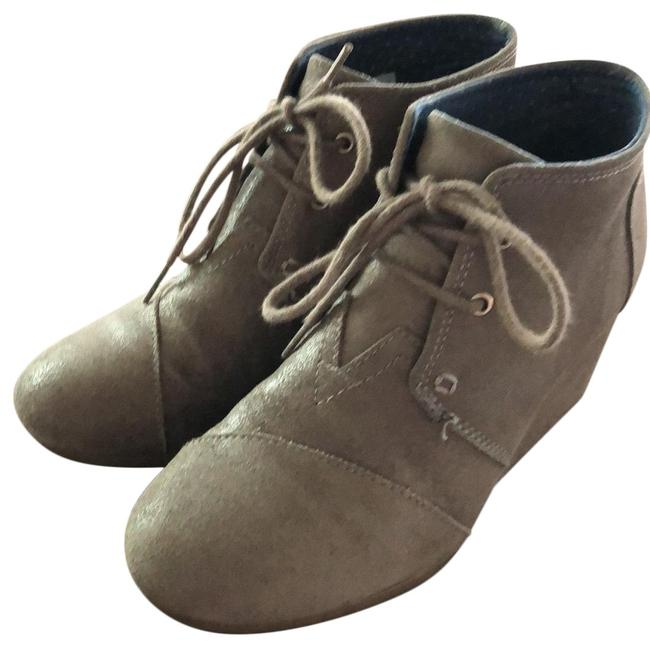 TOMS Wedges Boots/Booties Size US 7.5 Regular (M, B) TOMS Wedges Boots/Booties Size US 7.5 Regular (M, B) Image 1