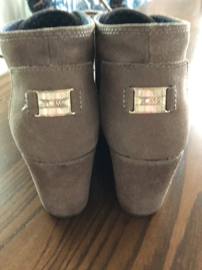 TOMS Boots Image 1