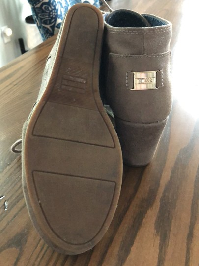TOMS Boots Image 3