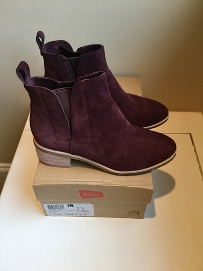 Clarks Suede WIne Boots Image 9