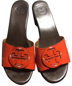 34df33123bc2b7 Women s Orange Tory Burch Shoes - Up to 90% off at Tradesy