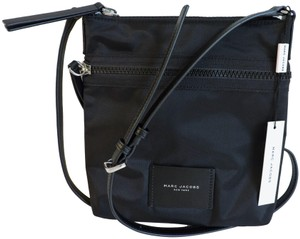 1df1a6627eff Marc Jacobs Adjustable Strap Nylon And Leather Interior Pockets Exterior  Pocket Lightweight Cross Body Bag