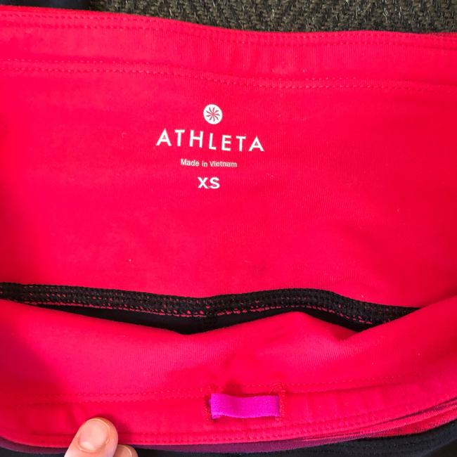 Athleta Relay Capri Workout Pants Image 4