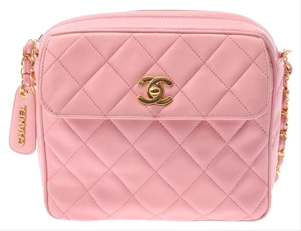 f1085cdc0ceb Chanel Vintage Quilted Shoulder Patent Leather Cross Body Bag Image 0 ...