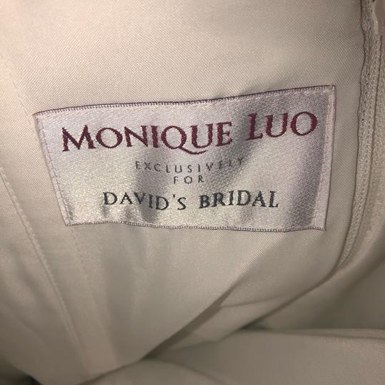Monique Luo Ivory Rayon Polyester Cotton Formal Wedding Dress Size 14 (L) Image 10