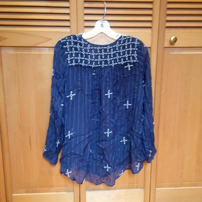 Lucky Brand Top Navy Image 1