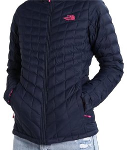 The North Face The North Face Women Thermoball Insulated Full ZIP Jacket White Logo