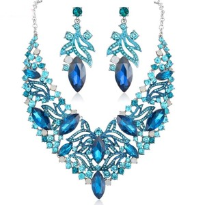 Fashion Jewelry For Everyone Blue White Crystal Chokers Necklace